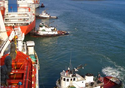 pilots use tugboats