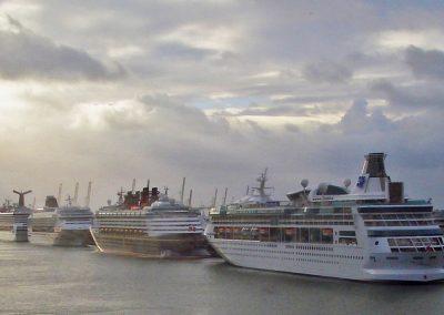 Nine ships Sunshine